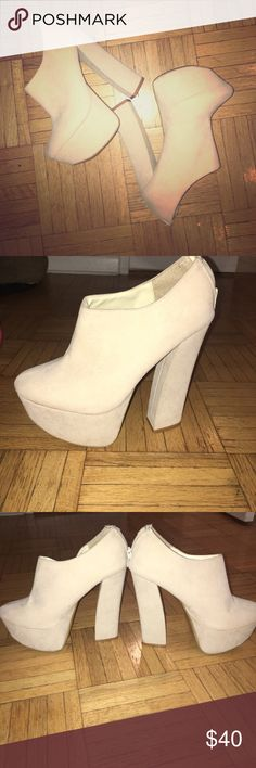 🕰Vintage Find🕰 Suede Platform Heels Light beige platform heels - vintage treasure size 6 - small stain on the right outter heal which is why they are so cheap! LF Shoes Platforms
