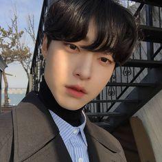Park Taehyun - human - he/him (insta Korean Boys Ulzzang, Ulzzang Boy, Korean Men, Asian Babies, Asian Boys, Asian Men, Yoon Park, Grunge, Aesthetic People