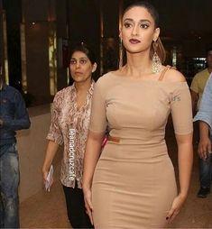 Indian Bollywood Actress, South Indian Actress, Bollywood Fashion, Indian Actresses, Tamil Actress, Beautiful Girl Indian, Beautiful Indian Actress, Beautiful Females, Ileana D'cruz Hot