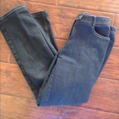 Thick cotton denim jeans In excellent condition! These denim jeans are stunning!! Dark wash with white stitching. Straight leg. 29 inch inseam, waist measures 14 inches across and the rise is 9 inches. I think I paid $250 for these. Worth is know for its quality and durability. Thanks for looking. Worth Jeans Straight Leg
