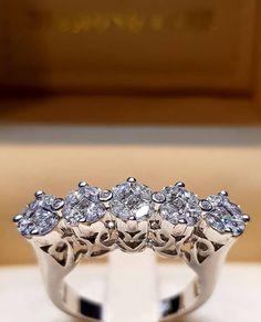 Are you ready for thursday night? Diamond Gemstone, Diamond Rings, Diamond Jewelry, Diamond Cuts, Gemstone Rings, Ladies Gifts, Wedding Jewelry, Wedding Rings, Fashion Glamour