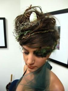What a great and creative Halloween hair idea! | bird's nest hair | DIY hair | mother earth halloween costume | nature halloween costume | bird's nest halloween costume