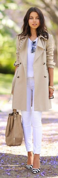 34 The Best Trench Coat Outfit Ideas For Spring And Summer - Consistently, planners make a huge amount of new trench coats to pitch to ladies. Every year, these styles change a tad so as to make them unique in r. Trench Coat Outfit, Camel Coat, Coat Dress, Beige Coat, Street Style Outfits, Fall Outfits, Fashion Outfits, Womens Fashion, Dressy Casual Outfits