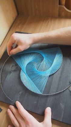 Diy Crafts For Home Decor, Diy Crafts Hacks, Diy Crafts For Gifts, Diy Arts And Crafts, Cute Crafts, Creative Crafts, Diys, Deco Cool, String Wall Art