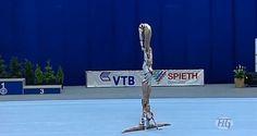 Unbelievable Acrobatic Gymnastics Gymnastics Skills, Acrobatic Gymnastics, Travel Humor, Travel Bugs, Stunts, Cheerleading, Statue Of Liberty, Flexibility, Adventure