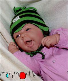 Caciulita ECO pentru nou-nascuti cu 2 straturi de bumbac organic Face, The Face, Faces, Facial