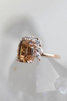 Most Popular Rings: 2019 Engagement Ring Trends ★ ring trends colored gemstone. Most Popular Rings: 2019 Engagement Ring Trends ★ ring trends colored gemstone unique rose gold # Rose Gold Engagement Ring, Diamond Wedding Rings, Vintage Engagement Rings, Diamond Rings, Gemstone Rings, Traditional Engagement Rings, Alternative Engagement Rings, Unique Rings, Or Rose