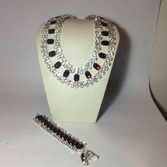 #parure in #cristallo in #rosso. Fatto a mano Su www.oro18.eu #oro18 #bigiotteria #bijoux #jewelry