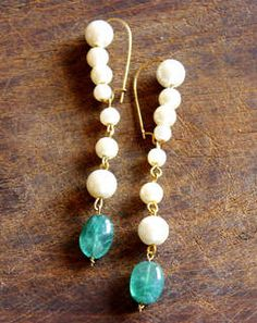 White Pearl Folklore Earrings greenwhiteMAE019e
