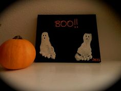 DIY Halloween:DIY Painted Canvas Art: DIY Halloween Decor