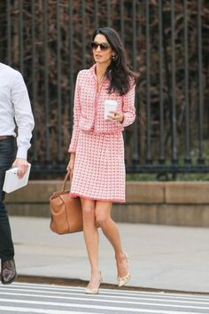 12 Chic Amal Clooney Looks to Inspire Your Work Wardrobe - Work Dresses - Ideas of Work Dresses - 11 Chic Amal Clooney Looks to Inspire Your Work Wardrobe April 15 2015 from Business Casual Dresscode, Business Casual Damen, Business Outfit, Business Fashion, Business Suits, Business Formal, Business Chic, Amal Clooney, George Clooney