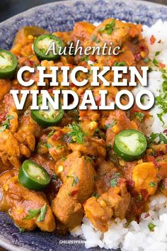This chicken vindaloo curry recipe is a hugely popular spicy Indian dish. So easy to make, and authentic, cooks up in under 30 minutes! The perfect weeknight meal! Vindaloo Curry Recipes, Indian Chicken Vindaloo Recipe, Best Chicken Curry Recipe, Easy Chicken Curry, Spicy Recipes, Asian Recipes, Cooking Recipes, Indian Food Recipes Easy, Gastronomia
