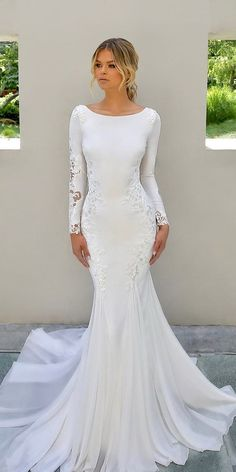 weddingdress simple 21 Modest Wedding Dresses With Sleeves modest wedding dresses with sleeves trumpet simple country enzoani Antique Wedding Dresses, Modest Wedding Dresses With Sleeves, Blue Wedding Dresses, Wedding Dress Trends, Wedding Dress Shopping, Gown Wedding, Wedding Cakes, Wedding Ideas, Wedding Rings