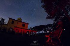"""Ammirando le stelle sotto uno fra """"I Cieli più Belli d'Italia"""". Riuscite a vedere la splendida Costellazione di Orione? :-)  GUARDA tutte le FOTO stellari della location  https://goo.gl/blDLBA  #Astroturismo #TurismoAstronomico #ICieliPiuBelliDItalia Il Povile - http://ift.tt/1HQJd81"""