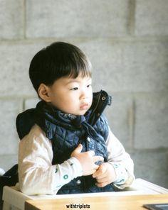 Song Manse Cute Asian Babies, Cute Babies, Baby Kids, Song Il Gook, Triplet Babies, Song Daehan, Man Se, Song Triplets, Superman Baby