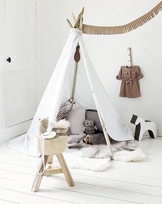 10 Dreamy DIY Tents, Forts, and Teepees via Brit + Co