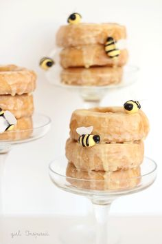 Stacked Donuts Beehive by Girl Inspired. Cute! You could even put a little doughnut hole on top