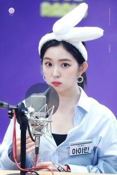 Red Velvet アイリーン, Red Velvet Irene, Seulgi, Red Velvet Photoshoot, Bts And Exo, Popular Music, Cute Pink, Girls Generation, Haiti