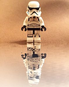 Lego Stormtrooper, Miniature Photography, Lego Photography, Lego Star Wars Clone, Legos, Aniversario Star Wars, Foto Macro, Super Troopers, Reflection Photos