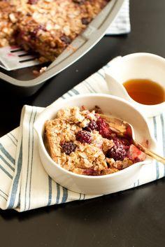 Baked Blackberry Oatmeal - the perfect make-ahead breakfast!