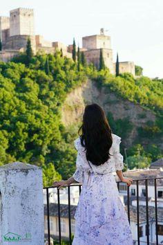 Memories of the Alhambra Park Shin Hye, Kim Sohyun, Weightlifting Fairy Kim Bok Joo, Ulzzang Korean Girl, Jay Park, Boys Over Flowers, Drama Korea, Dark Wallpaper, Korean Actresses