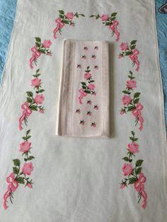Cross Stitch Rose, Rose Buds, Elsa, Pattern, Cross Stitch Embroidery, Craft, Napkins, Caps Hats, Punto De Cruz