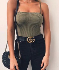 The only summer outfits guide to give you all the inspiration you need. The summer outfits guide 2019 is back with a new selection of cute outfits for every day 90s Fashion, Fashion Outfits, Womens Fashion, Fashion Trends, Trending Fashion, Street Fashion, Fashion Black, Fashion Ideas, Gucci Outfits