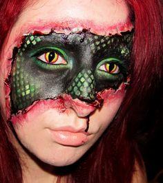 Cool Halloween #makeup #lizard