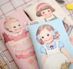 MochiThings.com: Paper Doll Pen Case v1