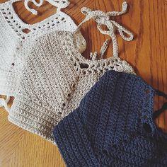 Fabulous Crochet a Little Black Crochet Dress Ideas. Georgeous Crochet a Little Black Crochet Dress Ideas. Easy Crochet, Free Crochet, Crochet Tops, Crochet Clothes, Diy Clothes, Bralette Pattern, Crop Top Pattern, Crochet Bikini Top, Crochet Patterns