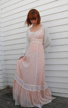 Vintage 70s Gunne Sax Dress Corset Prairie Boho Lace by soulrust, $89.99 ~ I went to the prom in a blue Gunne Sax dress just like this one. Paid $60! ~ : )