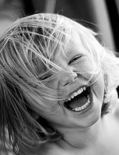 Laughing ヅ