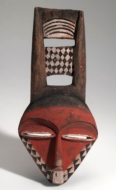 Africa | Mask from the Pende people of Chisakonka, Congo (Belgian Congo) | Wood and pigment | ca. 1910