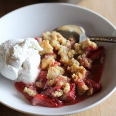 Paleo Strawberry Crumble - grain-free, gluten-free, and naturally sweetened!