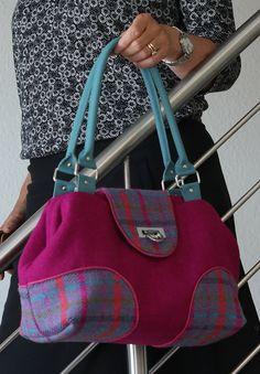 Carpet Bag im Handtaschenformat aus Harris Tweed- von Nicole genäht im machwerk-Workshop in Weilerswist (Juni 2019) Carpet Bag, Patches, Juni, Harris Tweed, Longchamp, Workshop, Tote Bag, Bags, Fashion