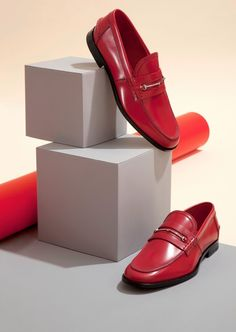 Trendy Fashion Shoes Banner Still Life Shoes Ads, Men's Shoes, Clothing Photography, Fashion Photography, Mein Portfolio, Shoes Editorial, Shoes Outlet, Red Shoes, Fashion Shoot