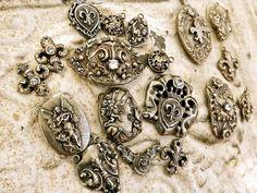 Tattered Adornments-Diana Frey: Petite Retreat