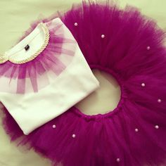 Very best Baby Skirt Evening wear specifically for your little one, You'll find that we have a nice choice of made by hand toddler toddler tutu clothes. Baby Girl Skirts, Baby Skirt, Little Girl Dresses, Baby Dress, Diy Tutu, Frocks For Girls, Kids Frocks, Tutu Outfits, Kids Outfits