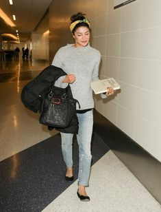 Jessica Szohr Jessica Szohr arrives at LAX Airport on January 14, 2014.