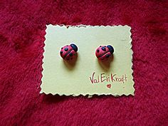 We feel Spring! #ladybug #inspiration #cute #kawai #tutorial #earrings #orecchini #coccinella #fimo #polymerclay #polymer #clay #craft #onlineshop #etsy #diy #love