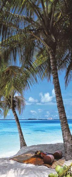 Four Seasons Beach, Maldives