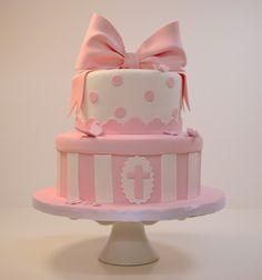 ¡Encarga ya tu tarta para Bautizo o Comunión totalmente personalizada! ¡Pídela ahora y llévate cupcakes de regalo! http://www.lilymonet.com/pasteles-personalizados-barcelona  Email: info@lilymonet.com Tel: 931 003 511 C/Industria, 360, 08027, Barcelona  #pasteles #fondant #personalizados #comunión #bautizo