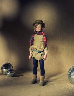 American Outfitters sand tunic and plaid scarf for grungy girls look for winter 2011