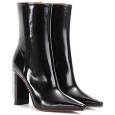 Vetements Leather Ankle Boots (€1.420) ❤ liked on Polyvore featuring shoes, boots, ankle booties, black, black bootie boots, leather ankle booties, black ankle boots, short boots and leather bootie