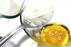 Vamos começar por perceber a composição de cada um desses elementos. O bicarbonato de sódio é um composto feito de mineral branco (natrão), com