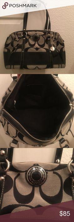 Coach handbag Black and grey coach handbag in excellent condition Coach Bags Shoulder Bags
