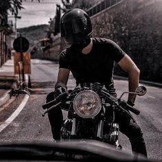 Bad Boy Aesthetic, Character Aesthetic, Moto Biker, Harley Davidson, Rafael Miller, E Motor, Scrambler Custom, Moto Cross, Biker Boys