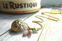 Items similar to Seashell Necklace, Gold Plated, Czech Charms on Etsy Seashell Necklace, Gold Necklace, Sea Shells, Plating, Beaded Bracelets, Jewellery, Trending Outfits, Unique Jewelry, Handmade Gifts