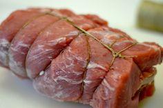 Lomo de cerdo relleno de jamón y queso | Paloma de la Rica Carne Asada, Pork Loin, Flan, Steak, Food And Drink, Cooking Recipes, Gluten Free, Favorite Recipes, Beef
