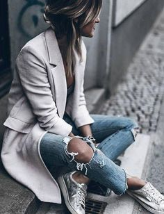 Superga Plimsoles in Sarenza - Winter Mode Fashion Mode, Look Fashion, Street Fashion, Fashion Trends, Komplette Outfits, Casual Outfits, Fashion Outfits, Sneakers Street Style, Sneakers Fashion